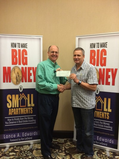 Gilbert Meilleur check with Lance